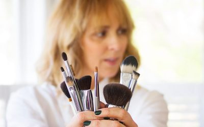 Top 3 Reasons to Clean Your Brushes